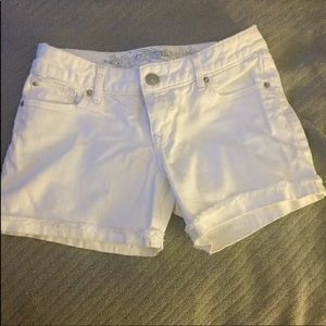 """🎀Express Thick White Jean Cuffed 2"""" Shorts 0"""
